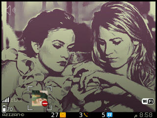 Gossip Girl Blackberry 8520 themes
