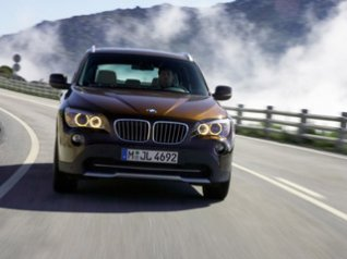 BMW X1 Front Speed Brown wallpapers