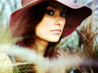 Olivia Wilde Hat for 9780, 9810 wallpaper