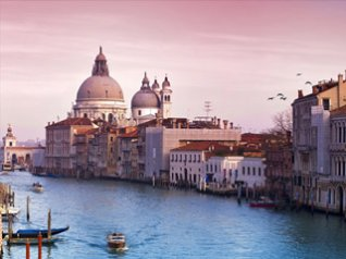 <b>Beauty Of Venice Blackberry Wallpaper</b>