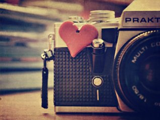 <b>Rangefinder camera wallpaper</b>