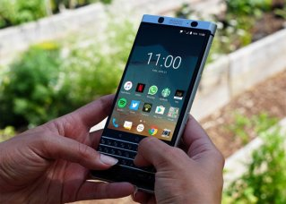 <b>BlackBerry KEYone will go on-sale in the U.S. sta</b>